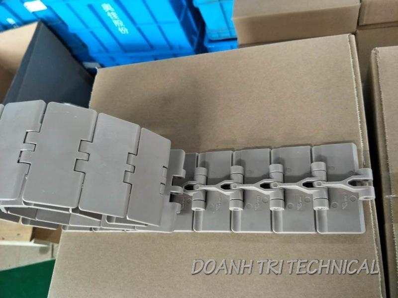 Xích Nhựa 820 - K325